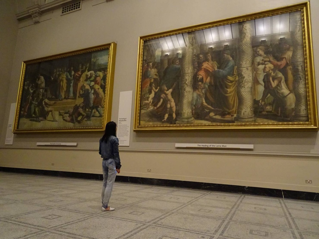 Raphael Santi Hall at National Gallery London